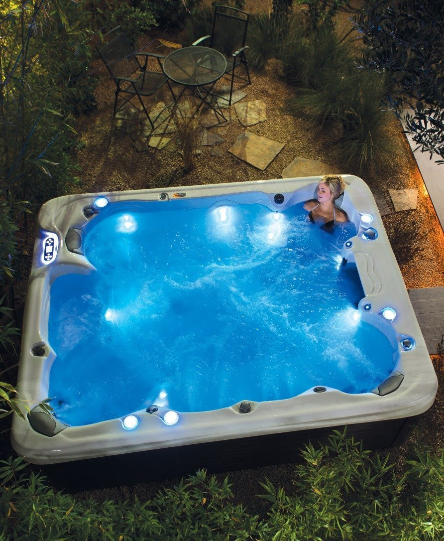hot tubs from Pools and Spas Windlesham